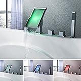 PIGE Cascada Contemporáneo Color de LED que cambia bañera grifo cromado