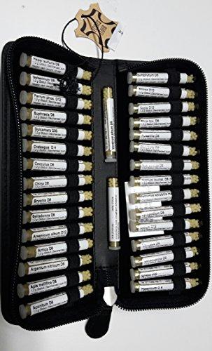 Große Hunde-Taschenapotheke,-PORTOFREI-,30 Mittel á 1,2g Globuli in UV-Schutzglas-Röhrchen. im hochwertigen Leder Etui mit Strahlen-Abschirmung.