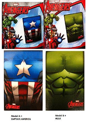 Plaid AVENGERS (Captain America Ou Hulk) Couverture Polaire 100x150cm Polyester NEUF Model Aléatoire