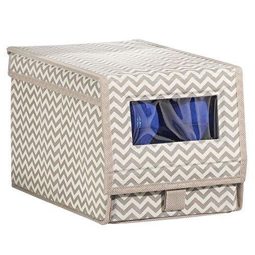 mDesign Schuhaufbewahrung aus Stoff (klein) – stapelbare Schuhbox mit Sichtfenster, Klettverschluss und Klappdeckel – praktische Aufbewahrungsbox mit Zickzack-Muster für Schrank oder Regal – taupe