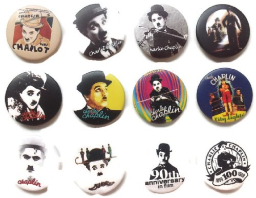 (Charlie Chaplin 2 Awesome Qualität Viel 12 New Pins Button Badge 3,2 cm Fan)