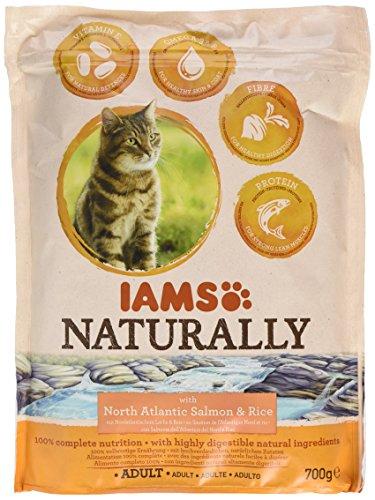 Iams Naturally Katze Lachs (Trockenfutter für erwachsene Katzen mit Nordatlantischem Lachs und Reis), 700 g