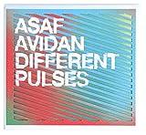 Different pulses | Avidan, Asaf (1980-....). Parolier. Compositeur. Interprète