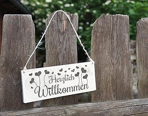 Holzschild Herzlich Willkommen B x H: 25cm x 10cm von Klebefieber®