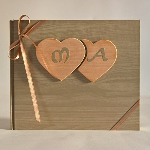 Album fotografico con pagine NERE innamorati carta effetto legno chiaro + cuori legno e iniziali personalizzabili WEDDING- SAN VALENTINO- ANNIVERSARIO