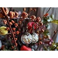 Orecchini di fiori bianchi ed essiccati di gipsofila - Boho la Naturale Gioielleria Floreale - il Vetro tazza 20mm - regalo di Damigella d'onore - Regalo Natale - regali per lei - Prime