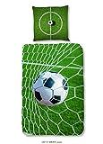Aminata Kids - Kinder-Bettwäsche-Set 135-x-200 cm Fussball-Motiv für Echt-e Sport Fan-Artikel Ecke-n Motiv verstärkt WM FIFA | Baumwolle Renforce | Reißverschluss | Weiss grün | Jugendlich-e