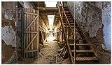 Wallario Herdabdeckplatte/Spritzschutz aus Glas, 3-teilig, 90x52cm, für Ceran- und Induktionsherde, Leuchtender Gang in altem verlassenen Gefängnis