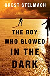 The Boy Who Glowed in the Dark (The Nadia Tesla Series Book 3) (English Edition)