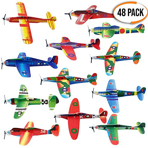 Descripción - Nuestros aviones planeadores de papel vienen con piezas variadas para construir 12 aeroplanos - unos juguetes extremadamente populares entre los niños, proporcionan horas de entretenimiento asegurando el fin del aburrimiento - en 12 dis...
