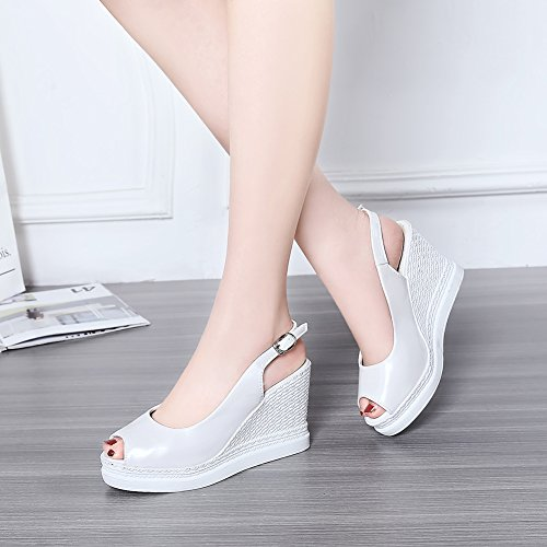 Damen Sommer Sandalen Peep Toe High-Heel Keilabsatz Lackleder Slingback Schnalle Weiß