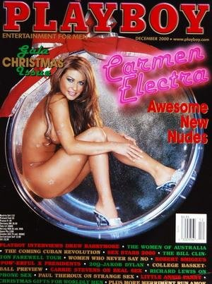 PLAYBOY EDITION US du 01/12/2000 - CARMEN ELECTRA - DREW BARRYMORE - THE WOMEN OF AUSTRALIA - THE COMING CUBAN REVOLUTION - SEX STARS 2000 - THE BILL CLINTON FAREWELL TOUR - WOMEN WHO NEVER SAY NO - ROBER SMIGEL'S - CARRIE STEVENS ON REAL SEX - RICHARD LEWIS - PAUL THEROUX - LITTLE ANNIE FANNY