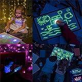 Tablero de Dibujo Fluorescente, Doodle Drawing Mat Draw con Light Fun y Drawing Board Magic Pen para niños Juguetes de Aprendizaje Regalos (A3 30 × 43CM)