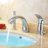 Gyps Faucet cascata per rubinetto acqua fredda e calda rubinetto bagno Il rame bagno di acqua fredda diviso in tre pezzi principali del cilindro di bordo il sit-in di tre fori con rubinetto di rame