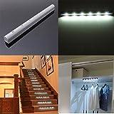 JINHUGU Drahtloser PIR-Bewegungssensor 6 LED batteriebetriebenes Kabinettlicht-Haupttreppen-Nachtlicht New