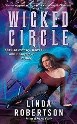 Wicked Circle (Persephone Alcmedi) by Linda Robertson (2011-12-27)