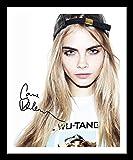 Cara Delevingne Autogramme Signiert Und Gerahmt Foto