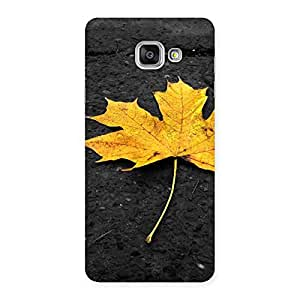 Impressive Yellow Lovely Leaf Back Case Cover for Galaxy A7 2016