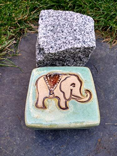 Pflasterstein aus Keramik Elefant Elefantenstein