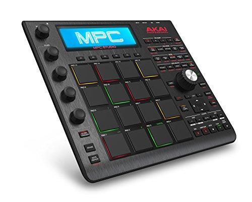 AKAI Professional MPC Studio Black - MPC Ultra Portatile con Software MPC (Scaricabile), USB, Display LCD, Encoder Sensibili al Tocco, Manopola Dial e Scocca in Alluminio Spazzolato, Custodia Inclusa