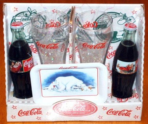 Christmas Collectibles Coca Cola Classic 1997 Sammlerstück Inkl. Serviertablett für die Eisbär-Familie, Zwei Gläser und Zwei kommerzielle Coca-Cola Classic Flaschen Soda - unglaublich selten. -