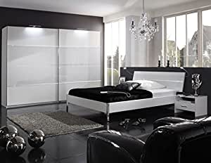 Germanica COLOGNE Ensemble de meubles pour chambre à coucher avec 180 cm-Armoire 2 portes coulissantes, lit Futon & Lot de 2 Meuble de chevet en Blanc avec Verre de Lait de montage
