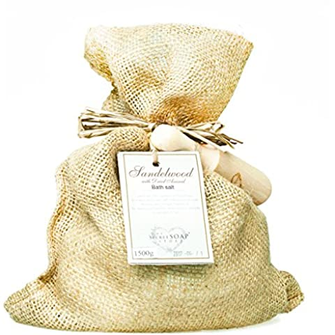 Sal de baño - Bath salts with sandelwood and dried aniseed (1500 g) in a jute sack with wooden scoop. Unique