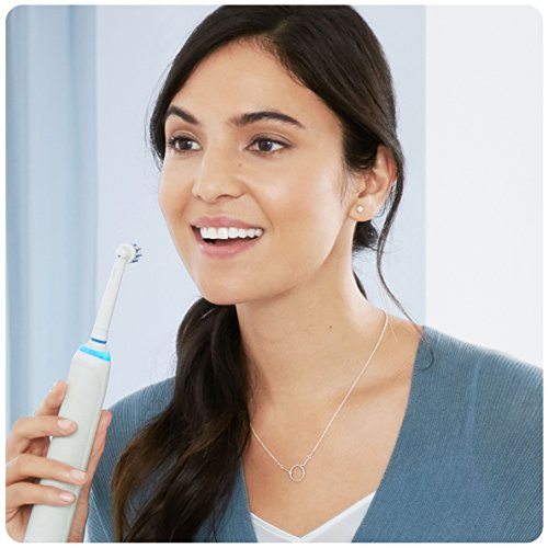 Oral-B Genius 8900 Electric Rechargeable Toothbrush Powered by Braun – Two Handle Pack – Exclusive to Amazon