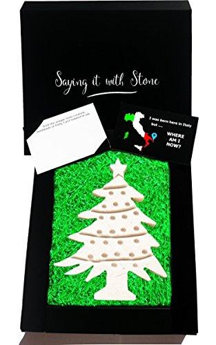 Weihnachtsbaum aus Stein - Handgemacht in Italien - Elegante Geschenkbox und Nachrichtenkarte/Message Card in Englisch Inbegriffen - Altes und schönes italienisches Kalkstein mit Fragmenten aus Fossil - Weihnachten Weihnachtsdekorationen