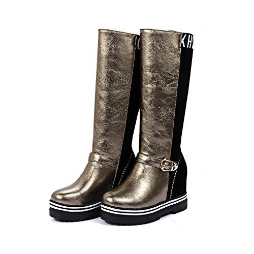AllhqFashion Damen Blend-Materialien Rund Zehe Hoher Absatz Rein Ziehen Auf Stiefel Golden