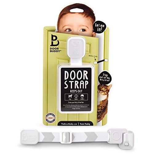 Door Buddy Baby sicheres Türschloss mit verstellbarem Gurt. Sie brauchen kein Baby Gatter. Kindersicheres Zimmer mit Katzentoilette, während die Katzen leicht hineingehen können.(Grau)