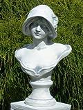Unbekannt Figur Büste Frau mit Hut grau patiniert Höhe 39 cm Gartenskulptur aus Beton