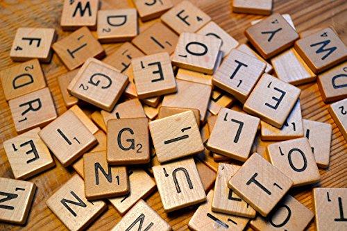 Buchstaben Scrabblefliesen zum Spielen | Scrabblesteinen Ersatz Fliesen aus Holz für Handwerk Dekoration | Scrabblesersetzer mit Zahlenwerte | LeSB (Handwerk Buchstaben)