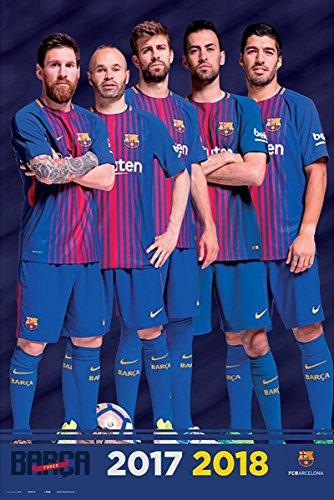 Up Close Poster FC Barcelona Équipe - Saison 2017/2018 (61cm x 91,5cm) + 2 tringles Noires avec Suspension