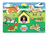 La boîte contient un puzzle pour enfant. Le fabriquant Melissa & Doug propose un moyen ludique pour que l'enfant apprenne le nom et l'apparence des animaux domestiques : le puzzle. Ce dernier est composé de 8 pièces aux multiples couleurs pour ca...