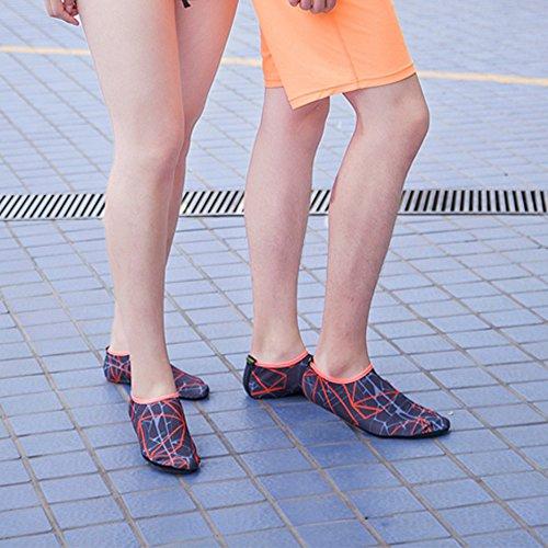JACKSHIBO Uomo Donna Flessibile Aqua Scarpe Barefoot Asciugatura rapida Water Skin Calzini Scarpe per Spiaggia Nuoto Surf Yoga GreyOrange