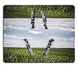 luxlady Naturkautschuk Gaming Mousepads Freiheit Concept Mann liegend im Gras Meadow Spring Gute Bild-ID 25696238