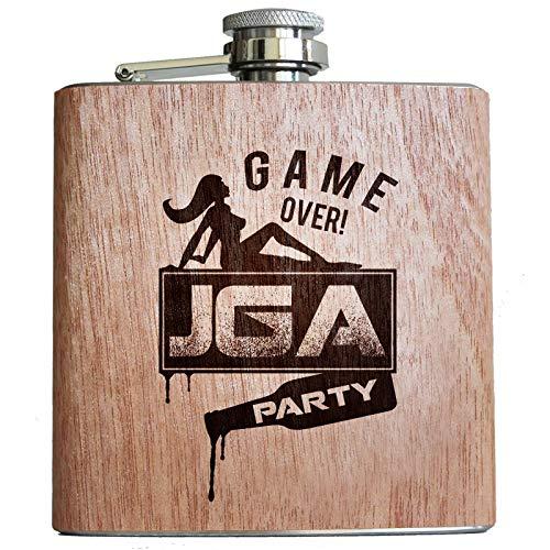 Pixelstudio JGA Flachmann aus Holz, mit Lustigem Motiv für den Junggesellenabschied | Hangover Game Over Party Geschenk Männer Team Bräutigam