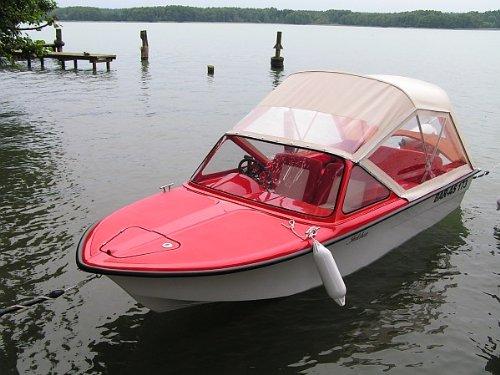 Sportboot Farello Trainer IV Rot/Beige mit Cabrioverdeck