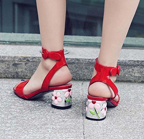 Pompa 5,5 centimetri Fiori Tacchi alti vera pelle Cinturino alla caviglia sandalo sandali Scarpe casual Scarpe da sera Scarpe da sposa Donne Semplice Colore puro Aprire il piede Fibbia della cintura T Red