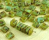 30pcs Picasso Bruno Opale Verde Blu Appartamento di mq Paillettes Squarelet Un Foro Chip ceca perle di Vetro 6mm x 6mm