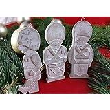 4 Stck. Beton, Steinguss Anhänger kleine Soldaten weiß patiniert. als Geschenk verpackt!