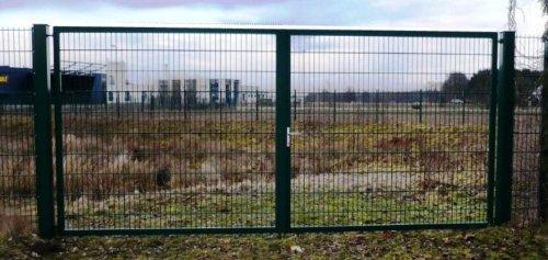 Doppeltor Gartentor Tor Industrietor grün Breite 900cm x Höhe 200cm