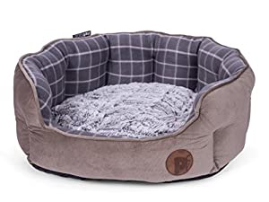 Das ovalförmige Hundebett von Petface in grauem Karomuster ist eine attraktive Ergänzung für jedes Heim. Mit einer strapazierfähigen Außenseite in Moleskin-Optik und einem wendbaren, luxuriösen, weichen Fleece-Innenkissen wird Ihr Haustier sich liebe...