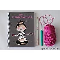 Yoga, libreta A5 especial tejedoras, cubiertas ilustradas con chica meditando y pensando en proyectos