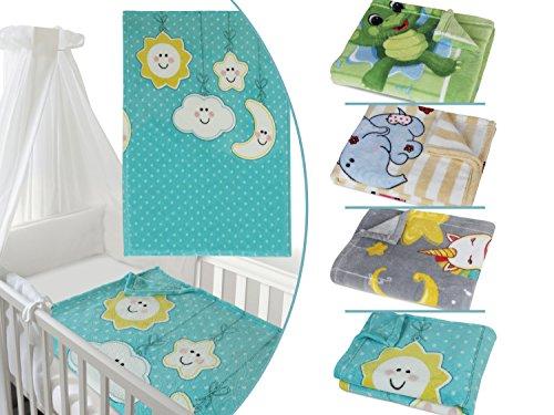Coralplüsch-Kuscheldecke für Jungen und Mädchen - mit süßem Tiermotiv - erhältlich in 4 Varianten und in einer Einheitsgröße von ca. 75 x 100 cm, Wolken und Mond (Baby Kinderbett Decke)