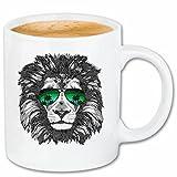 Reifen-Markt Kaffeetasse Cooler LÖWE MIT Sonnenbrille AMERIKANISCHER LÖWE Sternzeichen GROSSKATZE Lion Raubtier Keramik 330 ml in Weiß