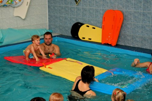 Schwimminsel mit Öffnung und 4 Löchern Größe 950 x 700 x 38 mm ORANGE Badespielzeug Schwimmlernhilfe NEU&Originalverpackt