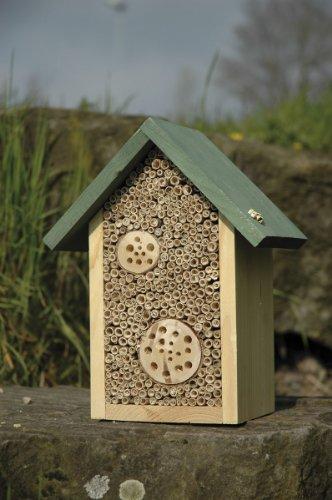 Wildbienen Nisthilfe