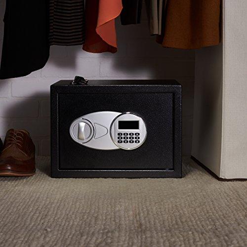 AmazonBasics -  Caja fuerte (14L),  color negro